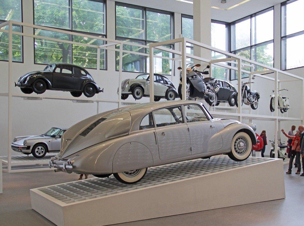 Pinakothek der Moderne (Foto: Werner Boehm) München Tourismus