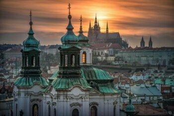 12 besondere Stadtführungen in Prag