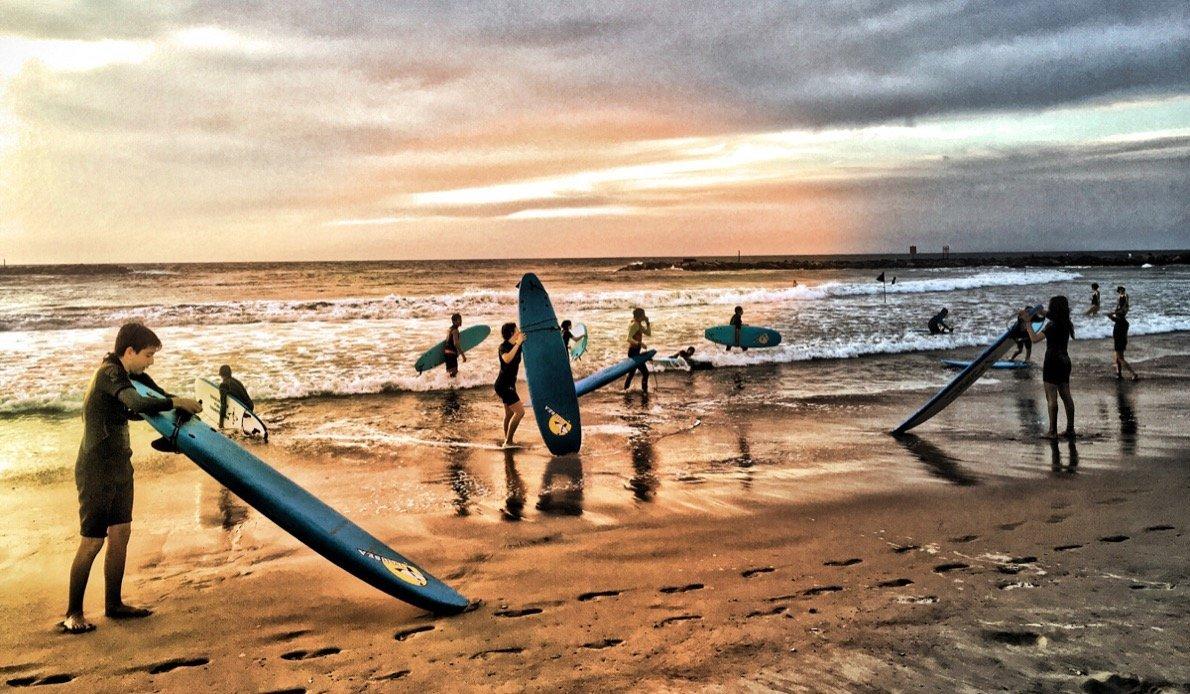 Surfer Tel Aviv