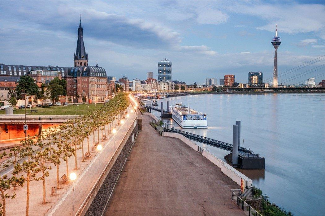 Düsseldorf Rhein-Promenade
