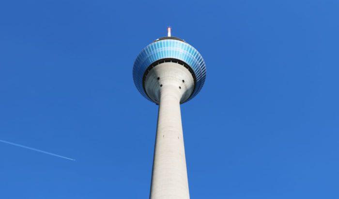 Der Rheinturm in Düsseldorf
