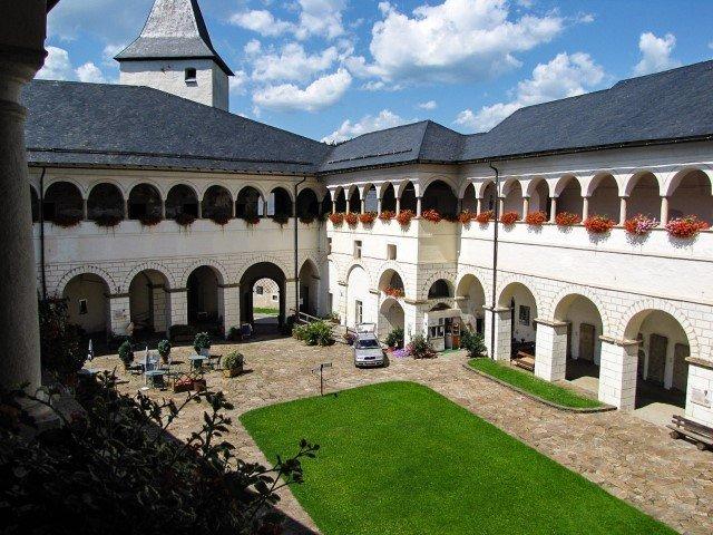 Schloss Strassburg