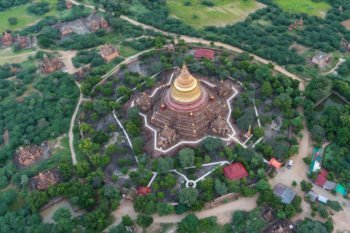 Dhammayazika Tempel aus der Luft