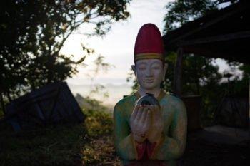 Sonnenaufgang über Mrauk U von der Shwetaung Pagode