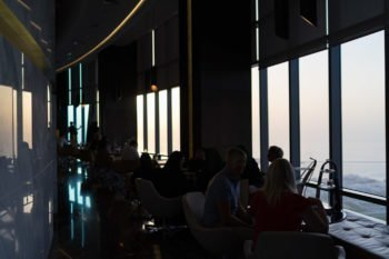 So sieht die Aussichtsplattform auf den Etihad Towers aus