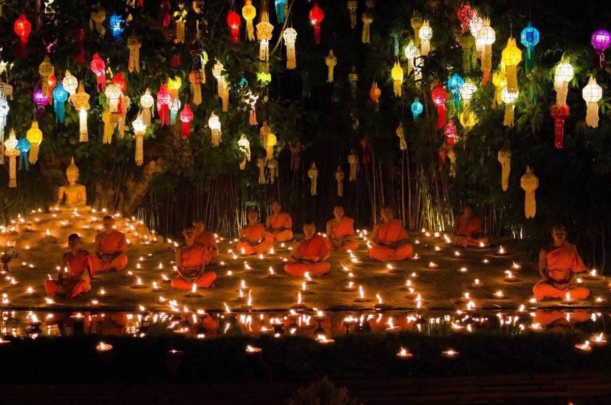 Loi Krathong Chiang Mai Temple