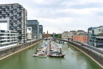 Rheinauhafen Boote