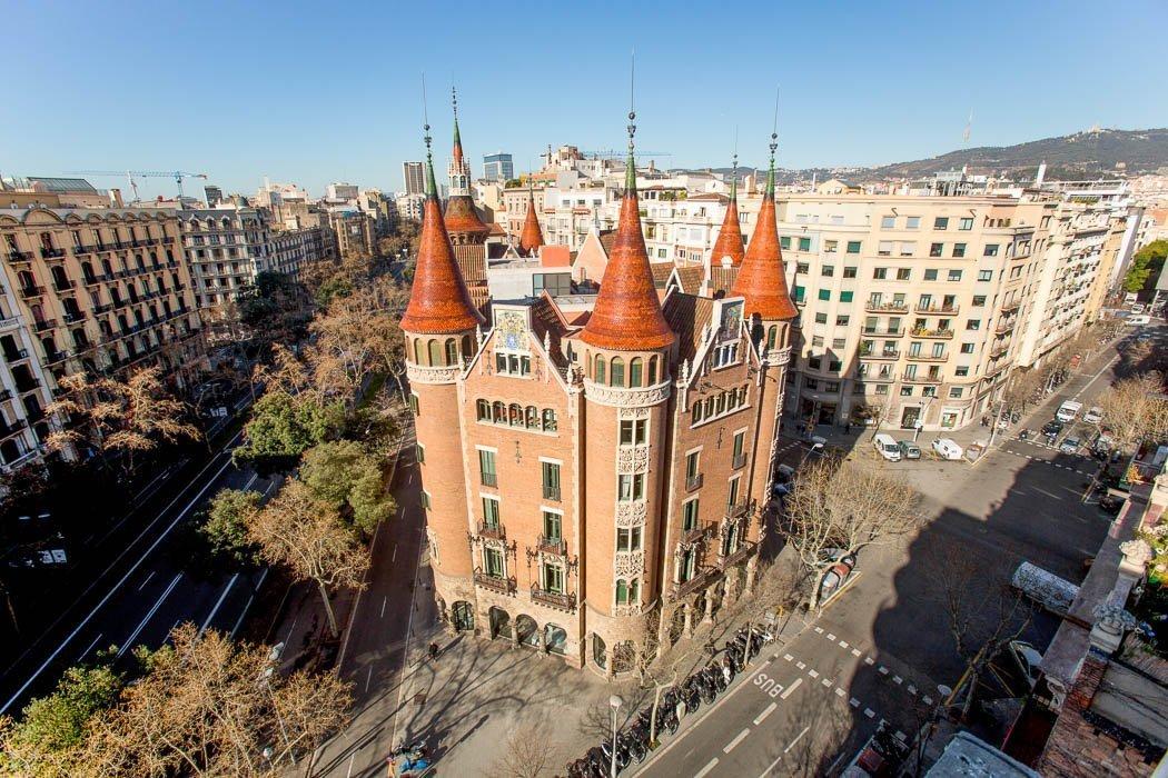 Casa de les Punxes mit seinen spitzen Türmen