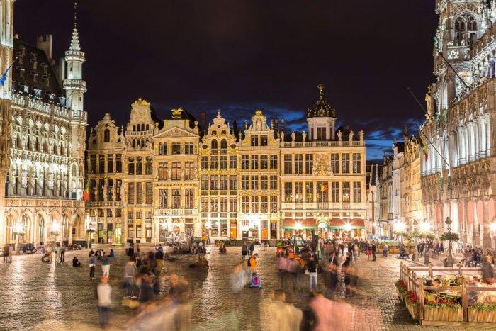 Der Grote Markt am Abend in Brüssel
