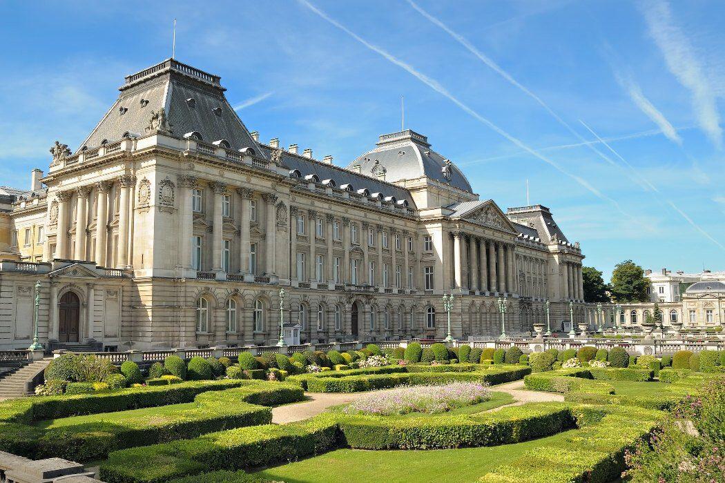 Königspalast mit Garten in Brüssel