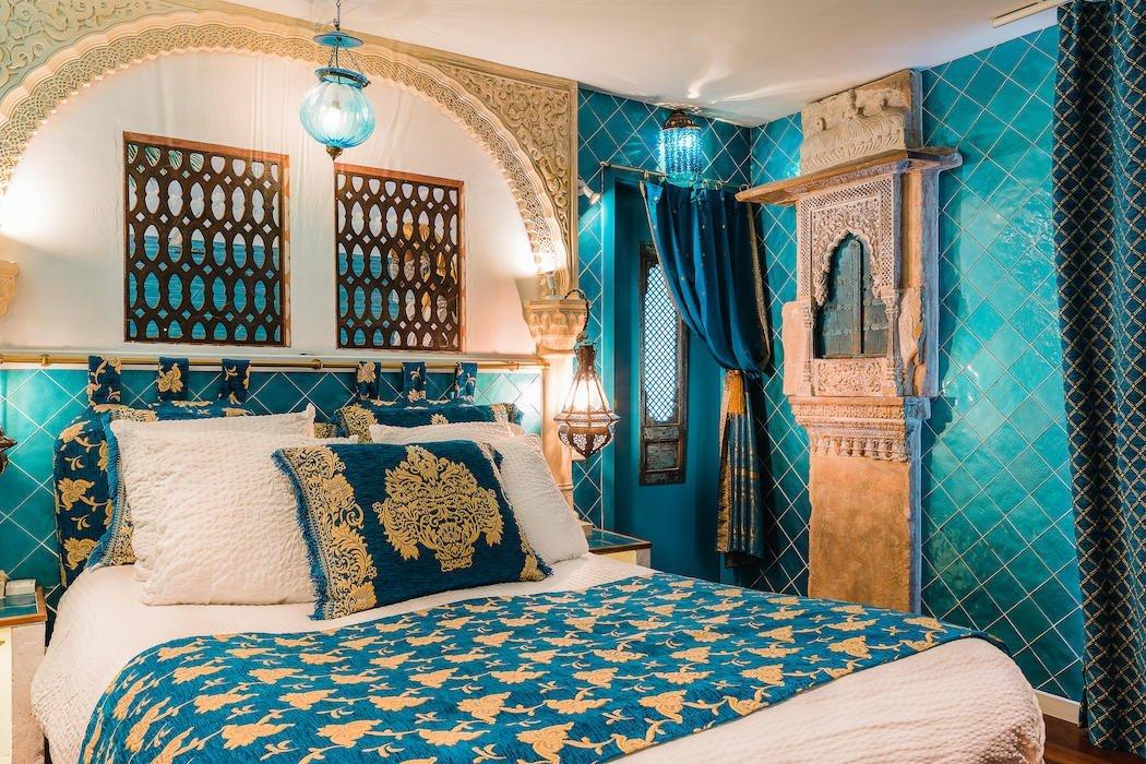 Traditionell eingerichtetes Zimmer im Hotel Welcome