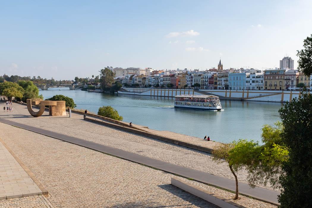 Paseo del Rio Guadalquivir
