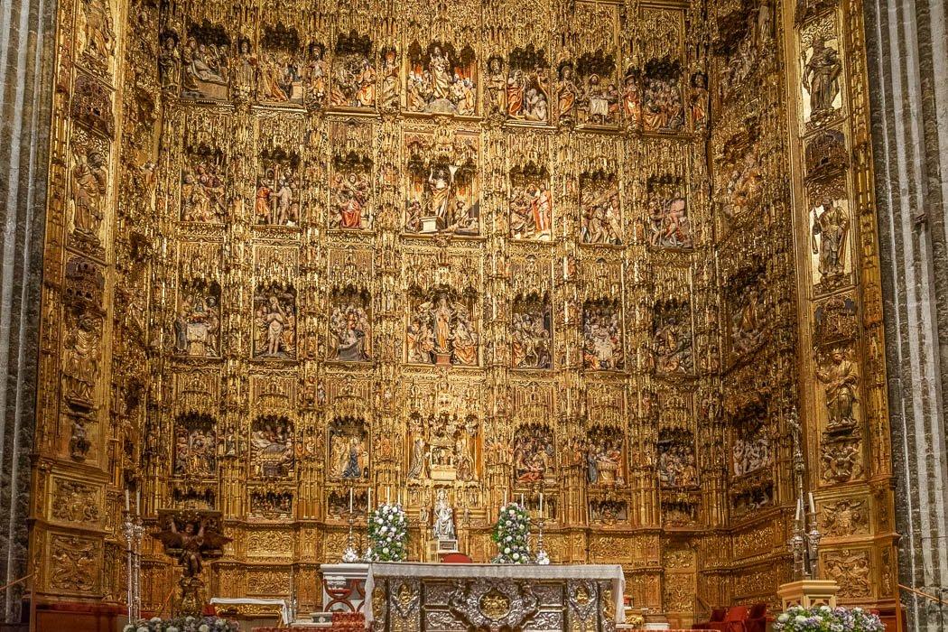 Der Hochaltar der Kathedrale von Sevilla