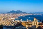 Blick auf Neapel, Meer und Vesuv
