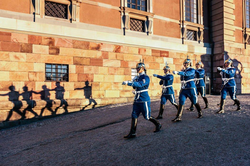 Wachablösung Königspalast