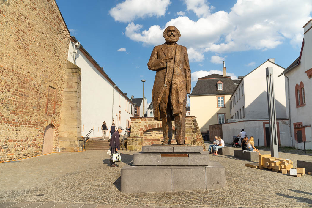 Die Karl Marx Statue in Trier