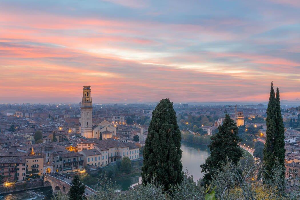 Blick von Castel San Pietro