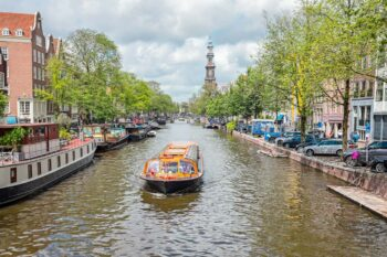 10 besondere Grachtenfahrten und Bootstouren in Amsterdam