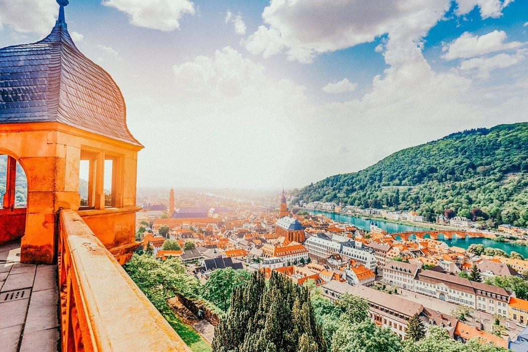 Blick auf die Stadt und den Neckar
