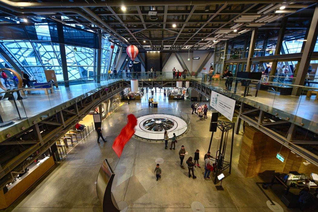 Experimentalaufbau im Kopernikus Wissenschaftszentrum, Warschau