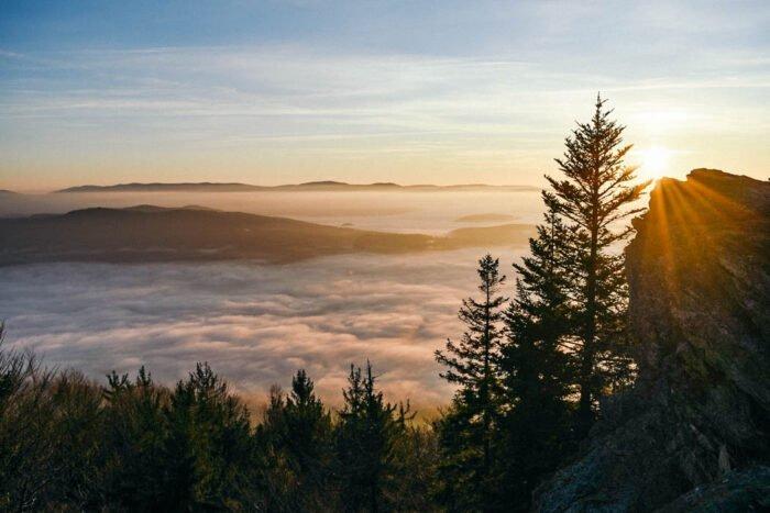 Blick vom Kaitersberg zum Sonnenuntergang