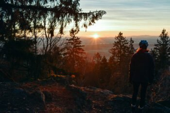 Sonnenaufgang auf dem Sattelberg im Bayerischen Wald