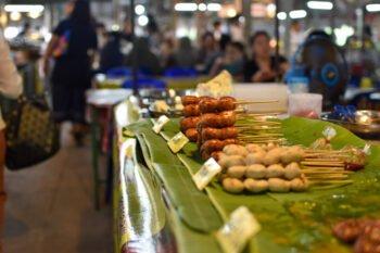 Floating Market Bang Nam Phueng