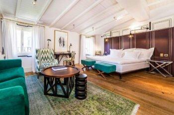 Hotel Cort Zimmer