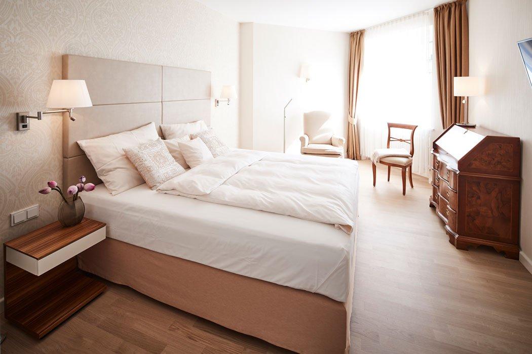 Ein Zimmer im Ayurveda Parkschlösschen