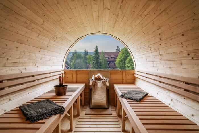 Holzfass-Sauna im The Hearts Hotel
