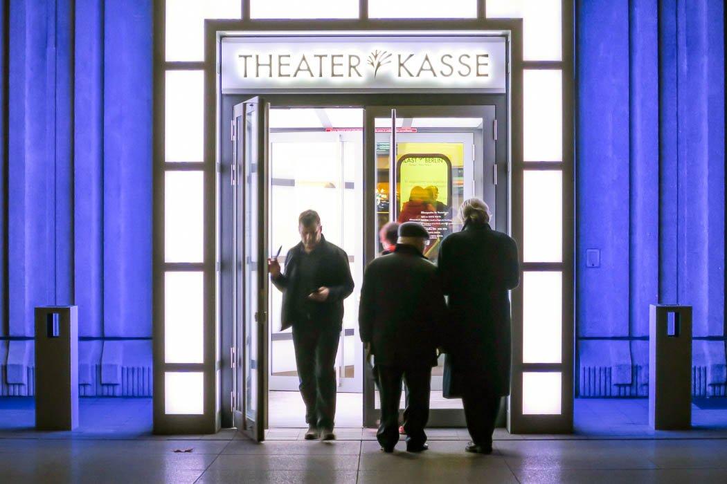 Theaterkasse vom Friedrichstadt-Palast