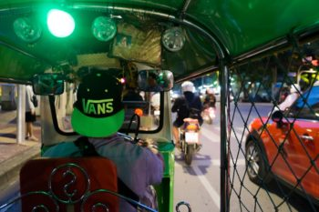 Bangkok: So kommst du vom Flughafen Bangkok in die Stadt!
