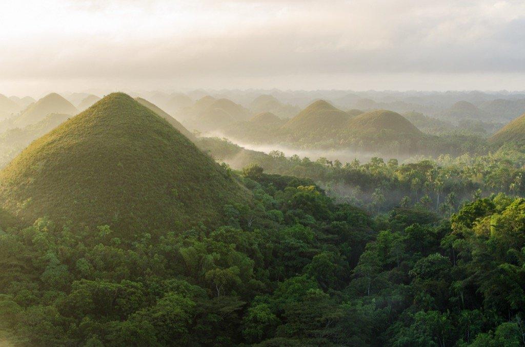 Sonnenaufgang Chocolate Hills Bohol