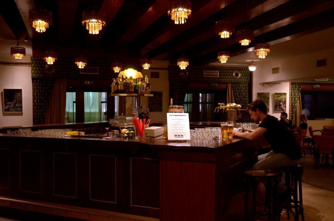Lucerna Passage Bar