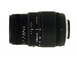 Teleobjektiv mit einerm Brennweitenbereich von 70mm - 300mm