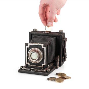 Spardose in Kameraform